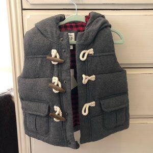 Adorable grey buffalo check puffer vest. NWT!